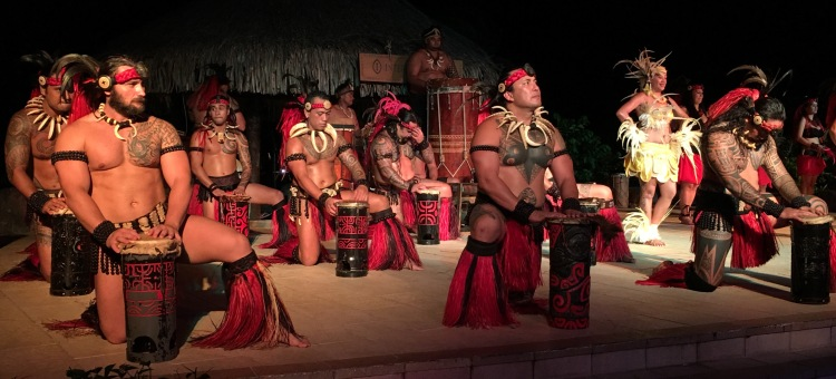 Tahitian Dancers 3